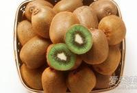 盘点含维生素C最多的水果 常吃让你全身美白