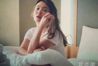 韩国保养专家示范韩系面部按摩手法(图)