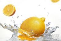 燕麦柠檬生姜 用食物泡澡美白抗老化