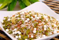 食疗祛斑:25岁女人常吃绿豆百合