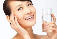 自制保湿面膜配方 拯救冬季干燥肌肤