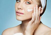 夏季美白:洗脸爽肤水正确用法