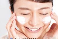 用什么洗脸最好?加盐祛痘加蜂蜜去皱