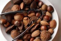 女性养生:8种零食吃出好皮肤