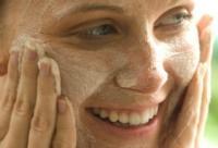 冬季护肤:脸部皮肤泛红发烫怎么办?