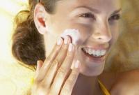 夏季随身护肤品 防晒隔离大不同